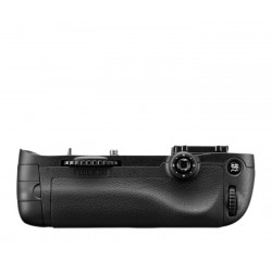Nikon Multi-Power Battery Pack MB-D14