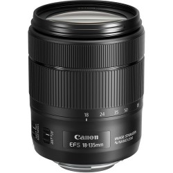 Canon 18-135mm f3.5-5.6 IS...