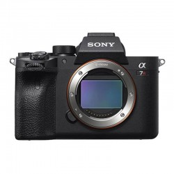 Sony A7R mark IV Body...